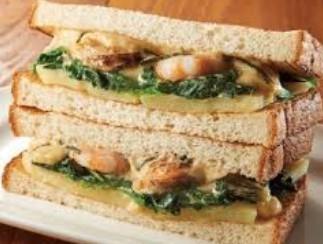 うにクリームと魚介のサンドイッチ.jpg